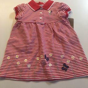 NWT ❤️🐻Carter's Size 9 Month dress set🌺